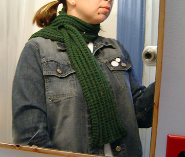 Tutorial: Mismatchy scarf from repurposed flannel shirts - Free