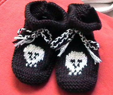 skull bootees