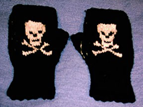 skull fingerless gloves